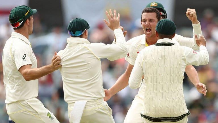 Australia regain the Ashes 2017